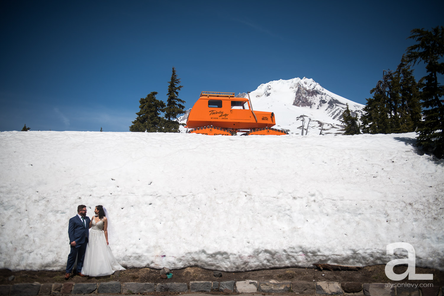 Silcox-Hut-Wedding-009.jpg
