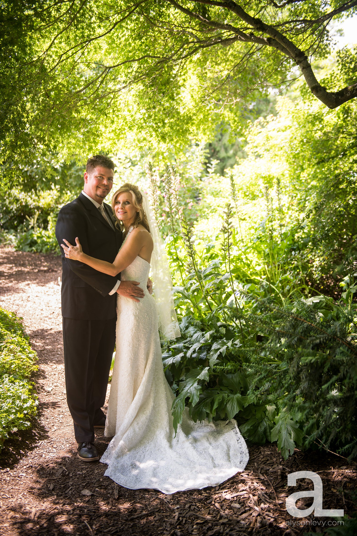 McMenamins-Edgefield-Wedding-Photography_0018.jpg