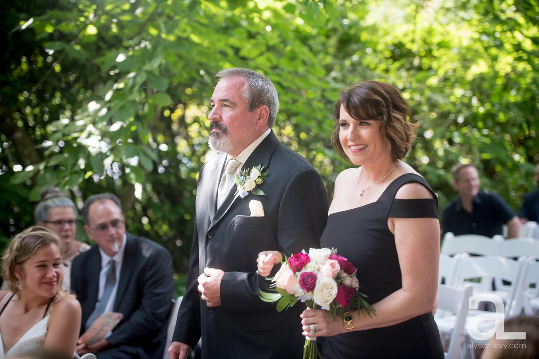 McMenamins-Edgefield-Wedding-Photography_0031.jpg