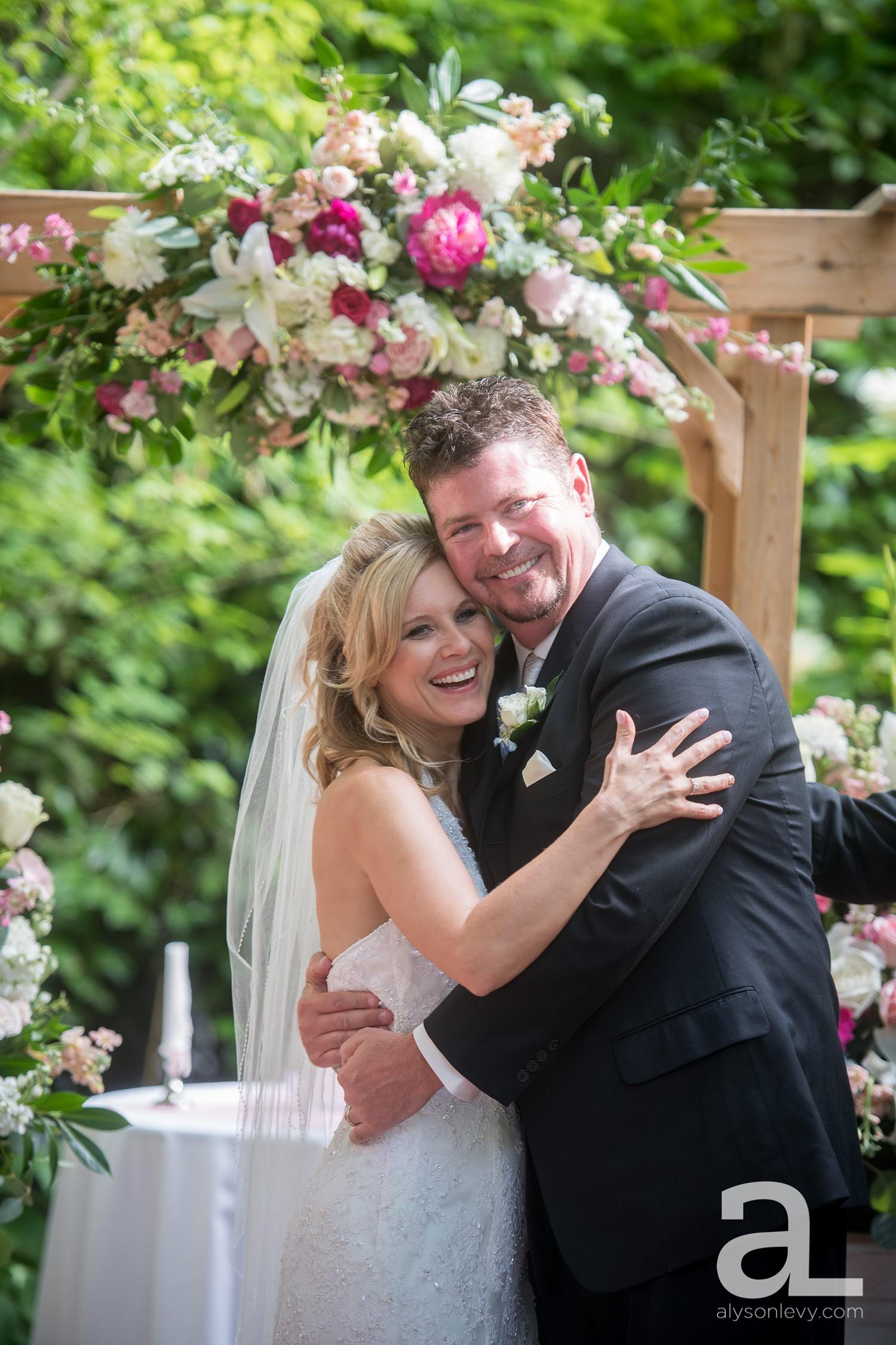 McMenamins-Edgefield-Wedding-Photography_0047.jpg