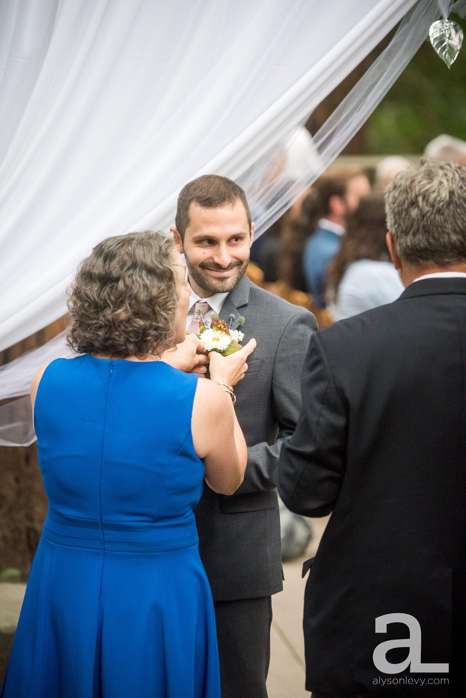 Portland-Hoyt-Arboretum-Backyard-Wedding-Photography_0011.jpg