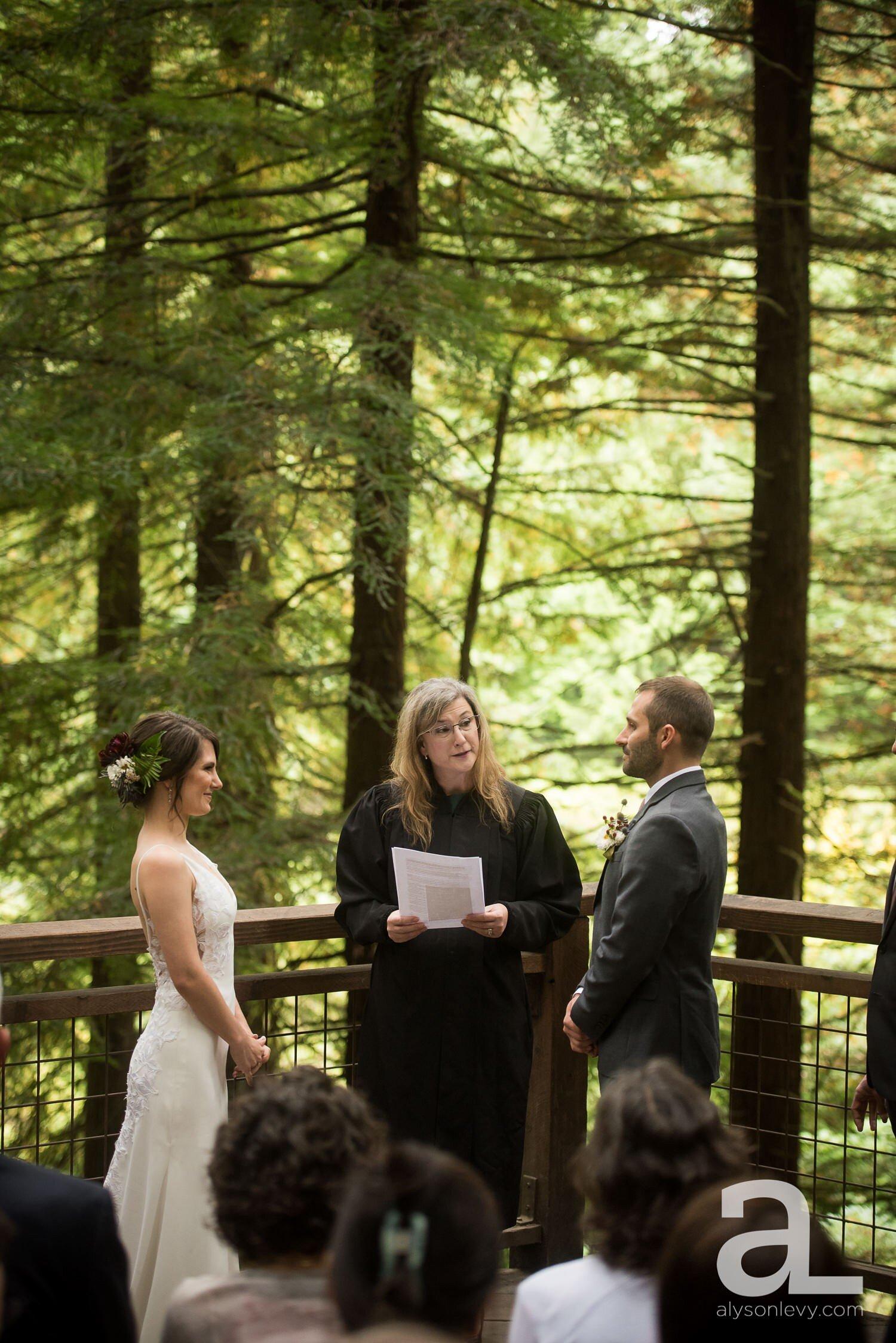 Portland-Hoyt-Arboretum-Backyard-Wedding-Photography_0030.jpg
