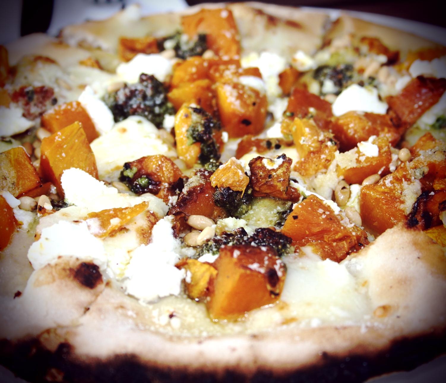 apple bar pizza.jpg