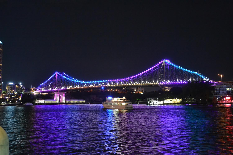 brisbane river story bridge.jpg