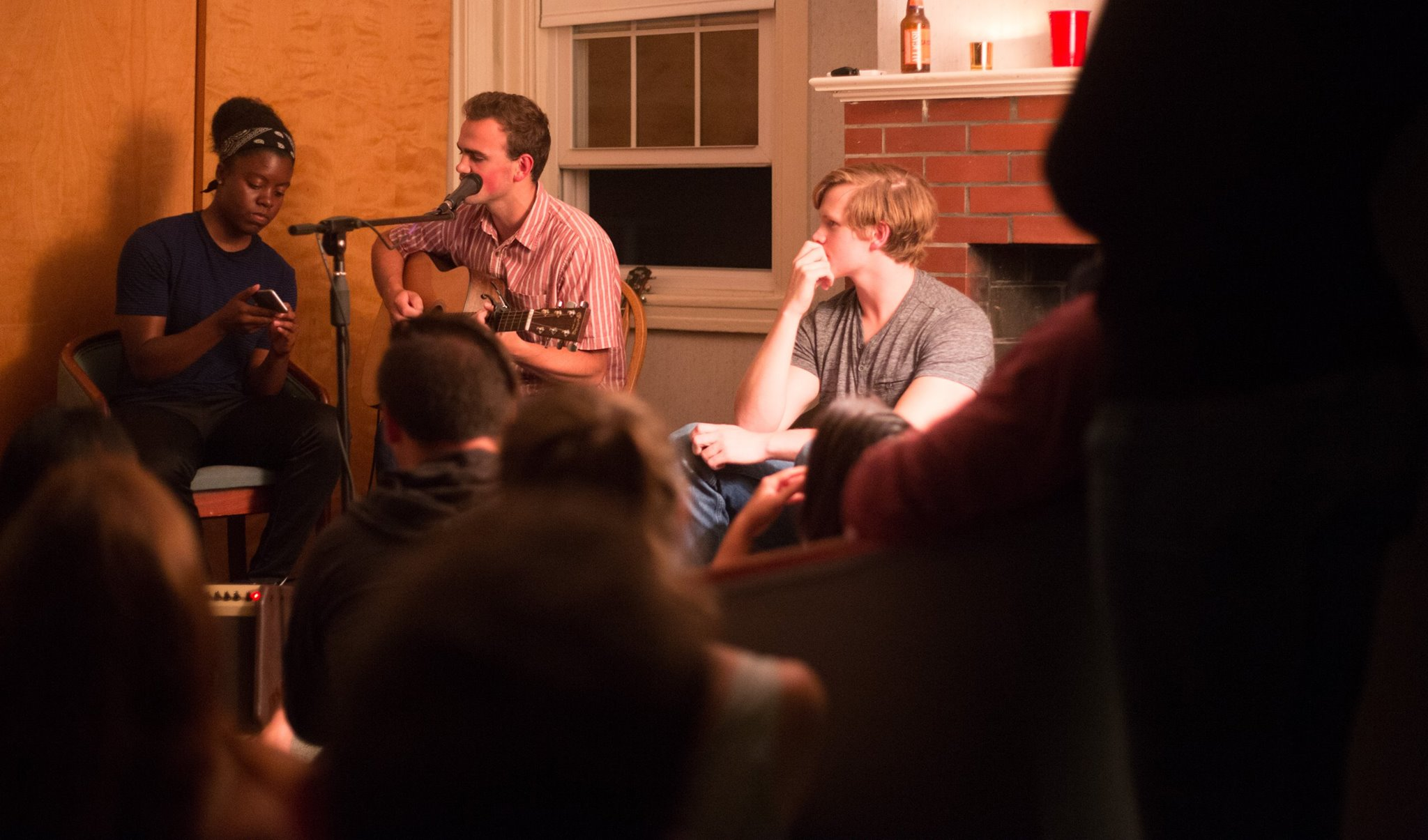VFA intern-hosted Open Mic Night, photo by Shea Parikh