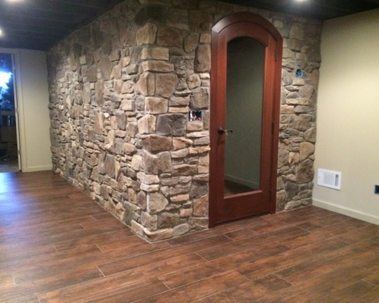 indoor fireplace room