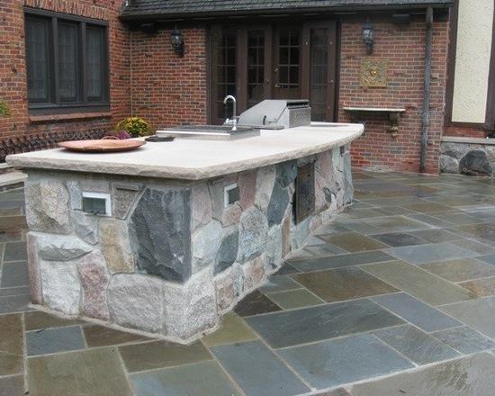 bluestone patio outdoor kitchen island
