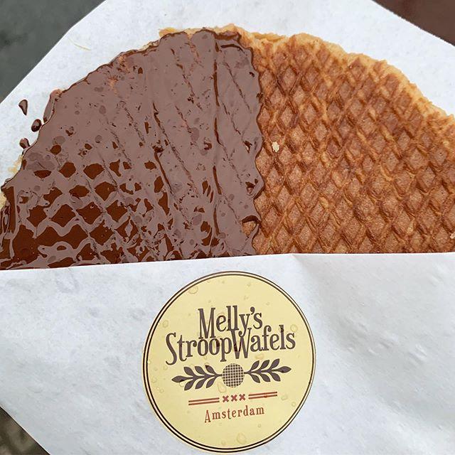 Dutch black & white waffle