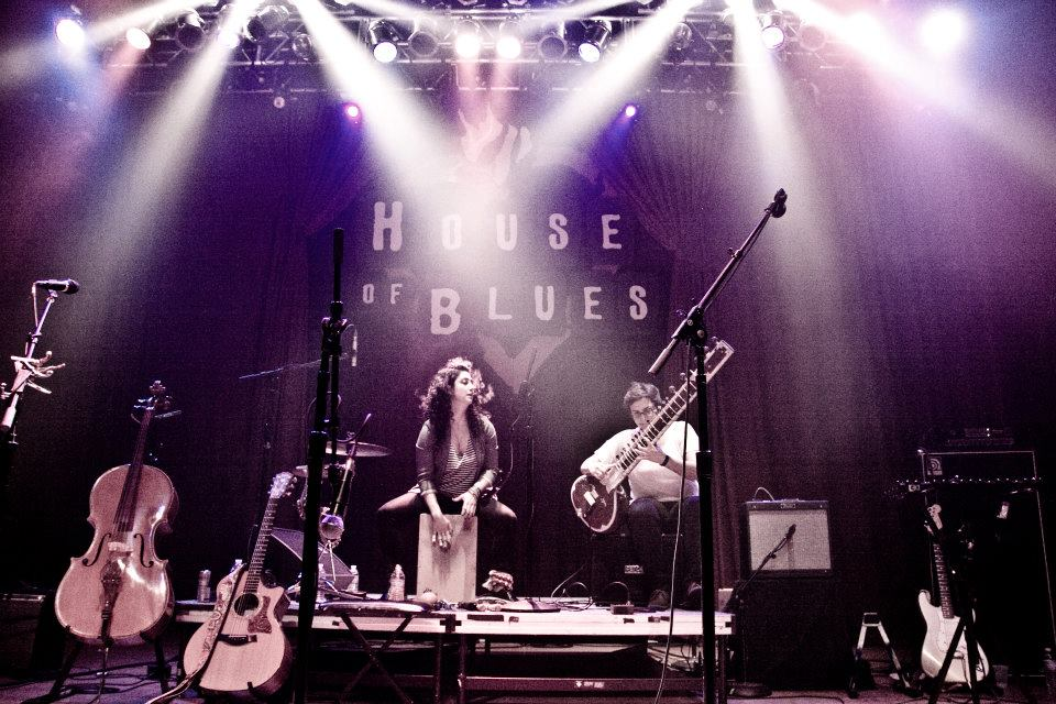 browntownhouseofblues2011.jpg