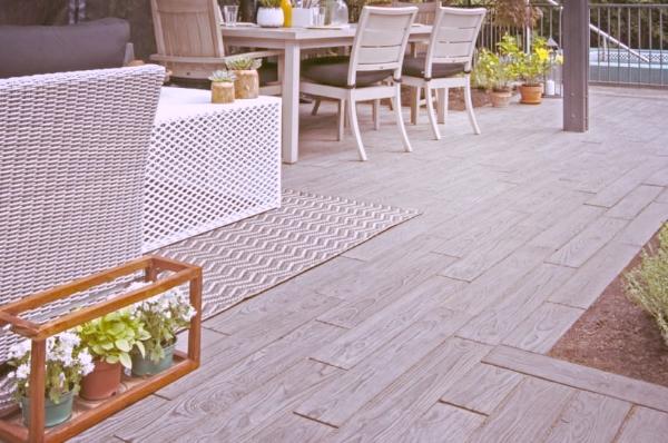 aménagement paysager laval patio terrasse pavé sofa.jpeg