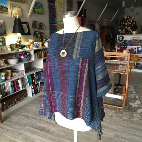 Saori, handwoven clothing