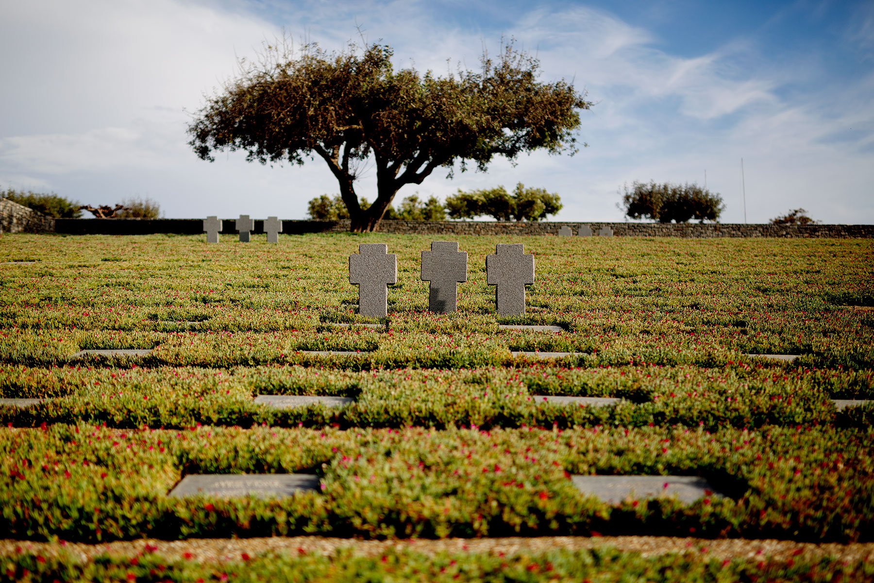 blogg-190501deutschersoldatenfriedhof6.jpg