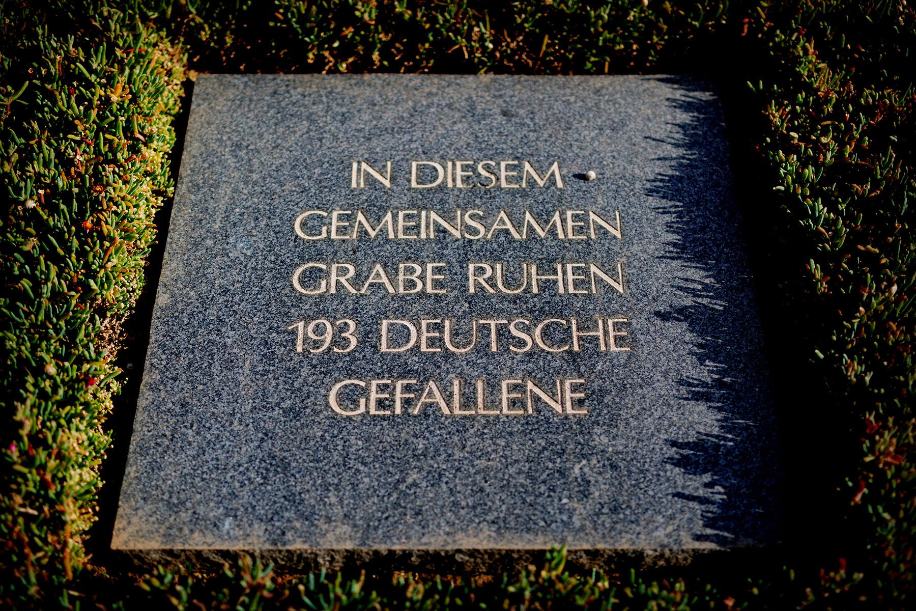 blogg-190501deutschersoldatenfriedhof10.jpg