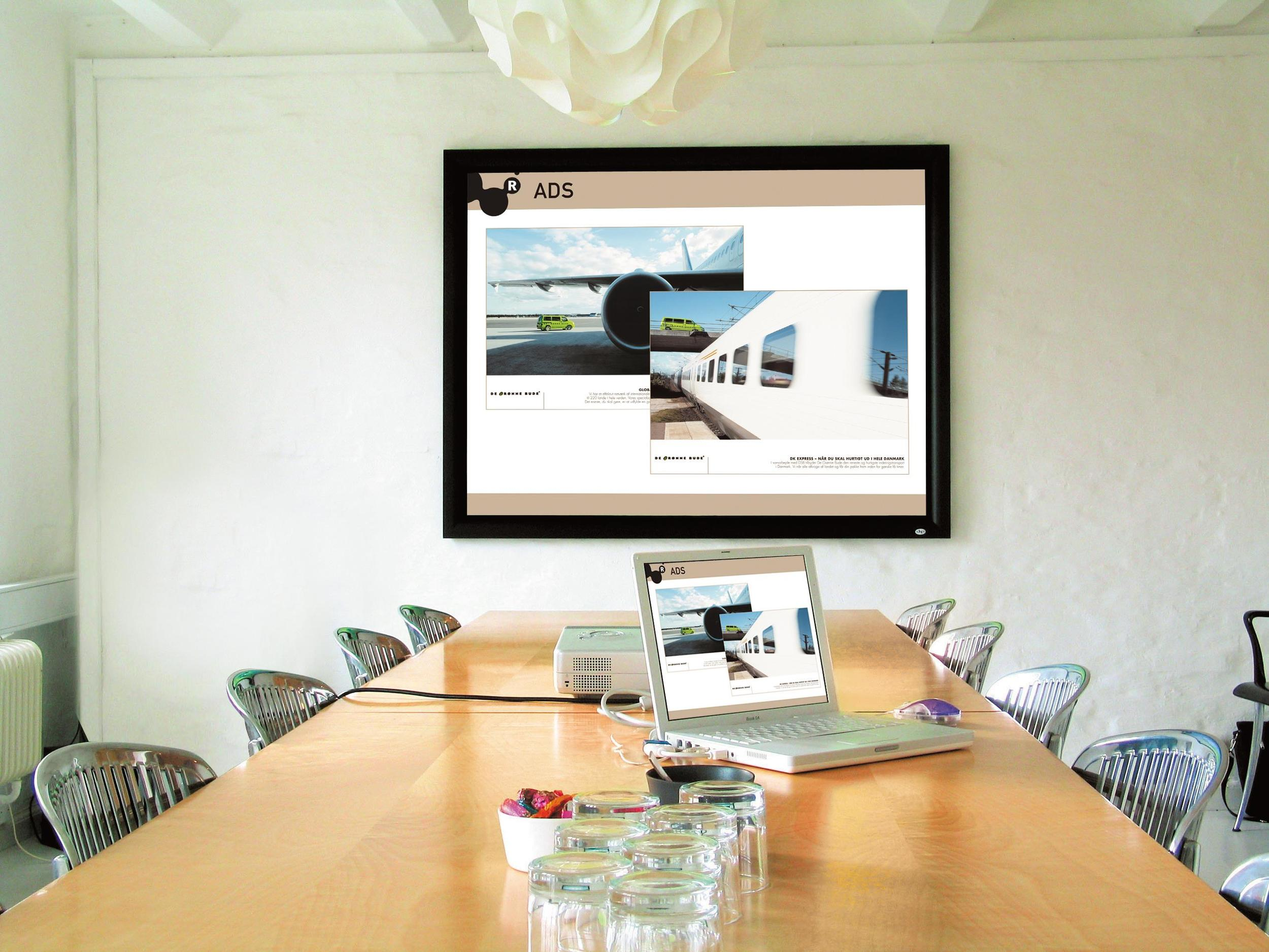 dnp Supernova One - meeting room