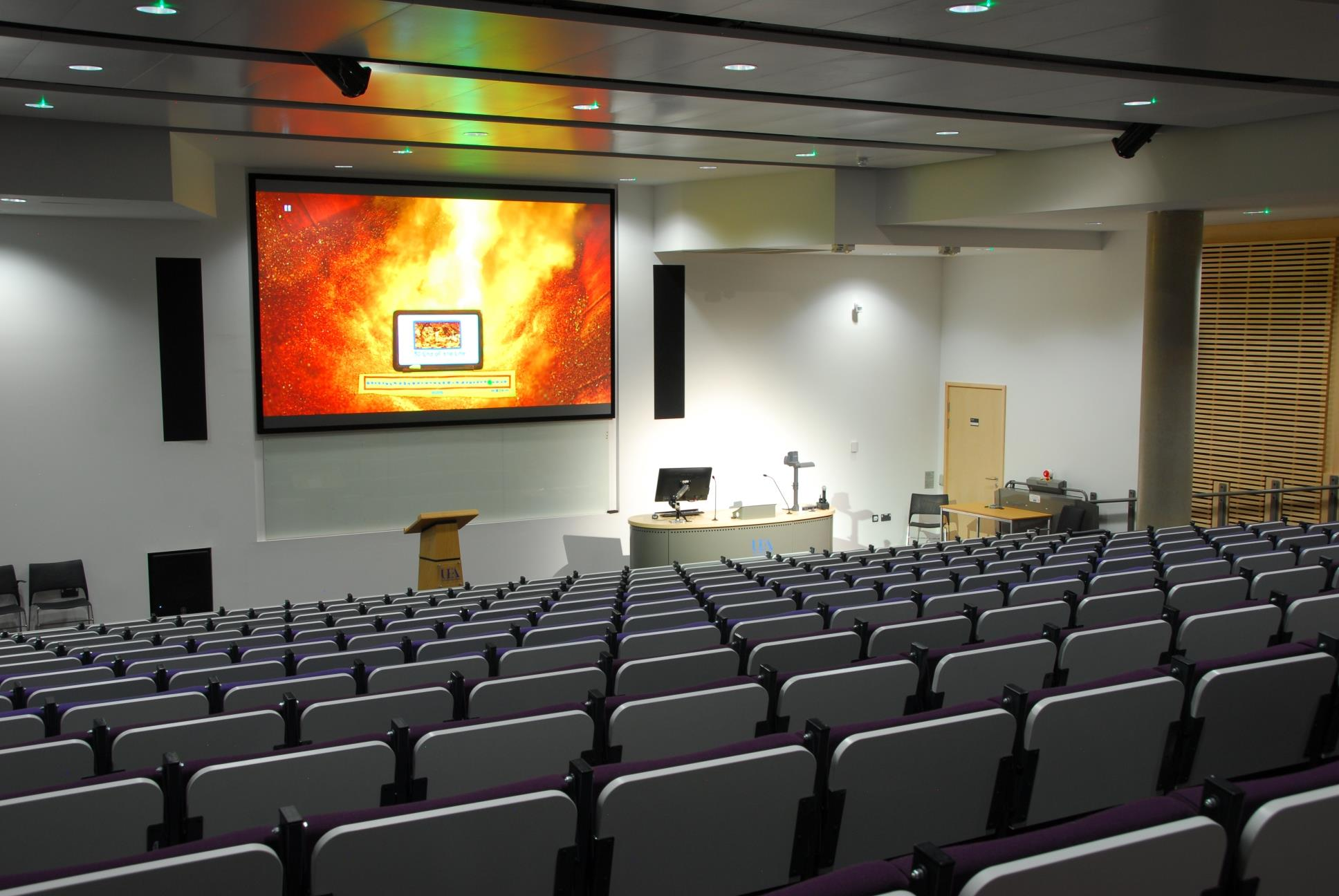 dnp Supernova Infinity - lecture hall