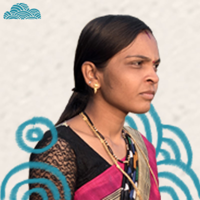 VRUSHALI   (Village: Kora)  Vaushali is the mother of one kid and just recently joined the Doug family.  Besides stitching wonderful Dougs,she works as a tailor in her village and is skilled and detail-oriented.  She enjoys getting out of the house and loves to meet new people.