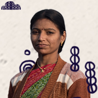 SHILPA   (Village: Kachanur)  Shilpa has two girls with her husband. She joined Chetana Vikas about eight years ago to learn some new skills to earn income in addition to what she gets from her job as a farmer.  She is happy to be able to have savings from Doug and it gives her some peace of mind.