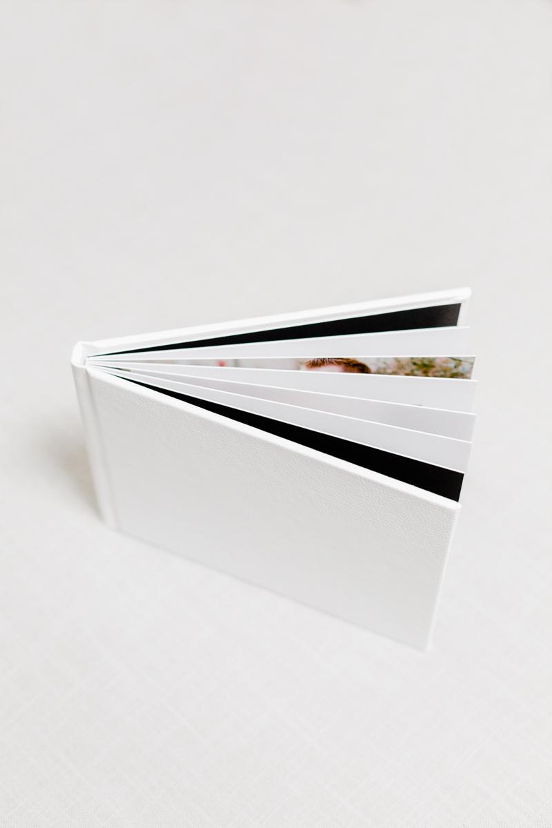 photographe-yvelines-michelle-gonzalez-mini-livre-.jpg