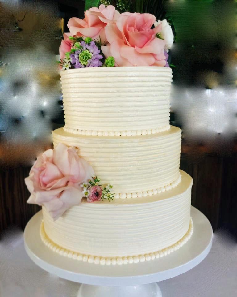 WHITE WEDDING CAKE WITH STRIPES.jpg