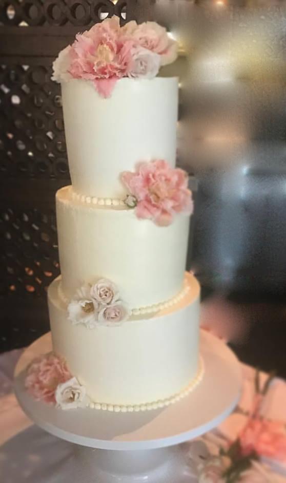 WEDDING-CAKE-2.png