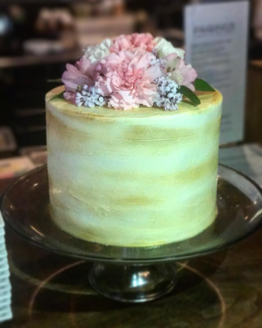 gold cake.jpg