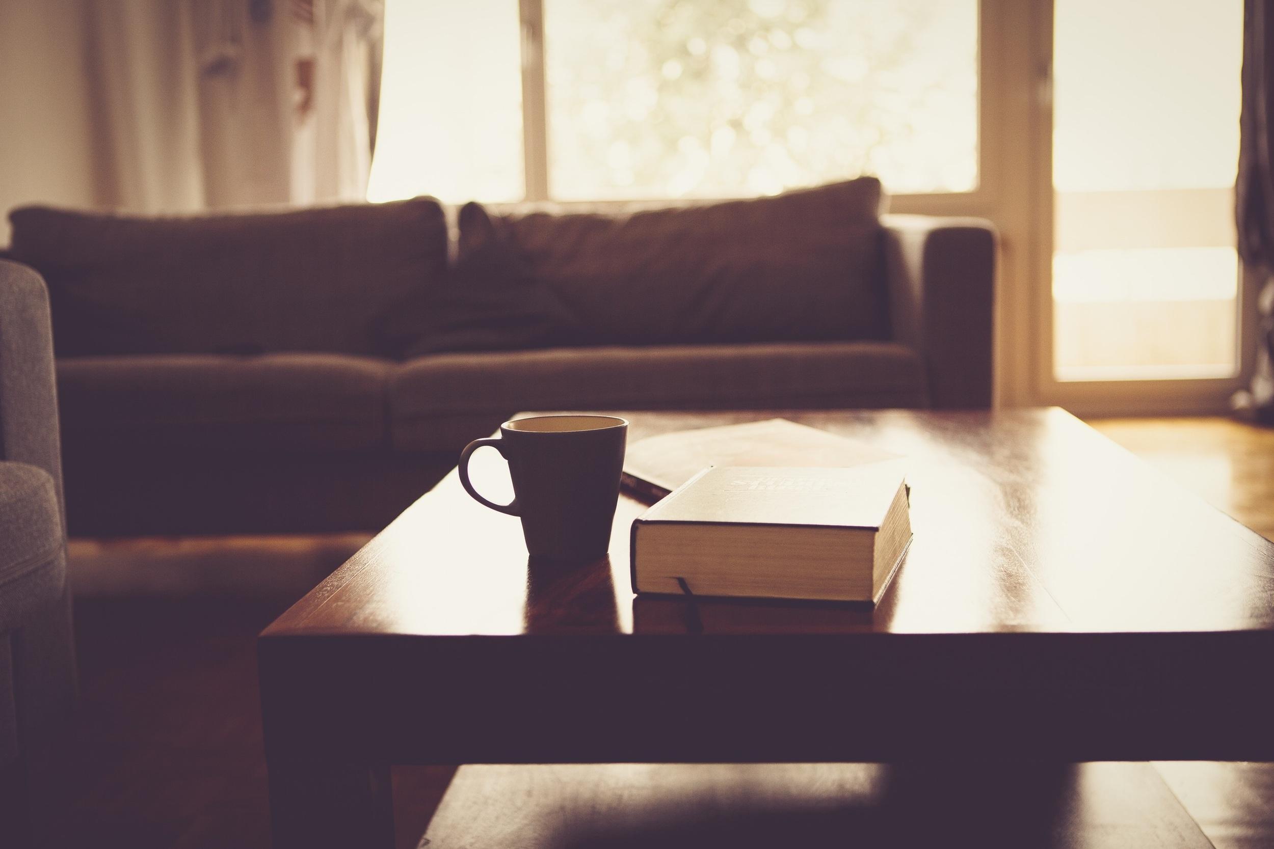 living-room-690174.jpg