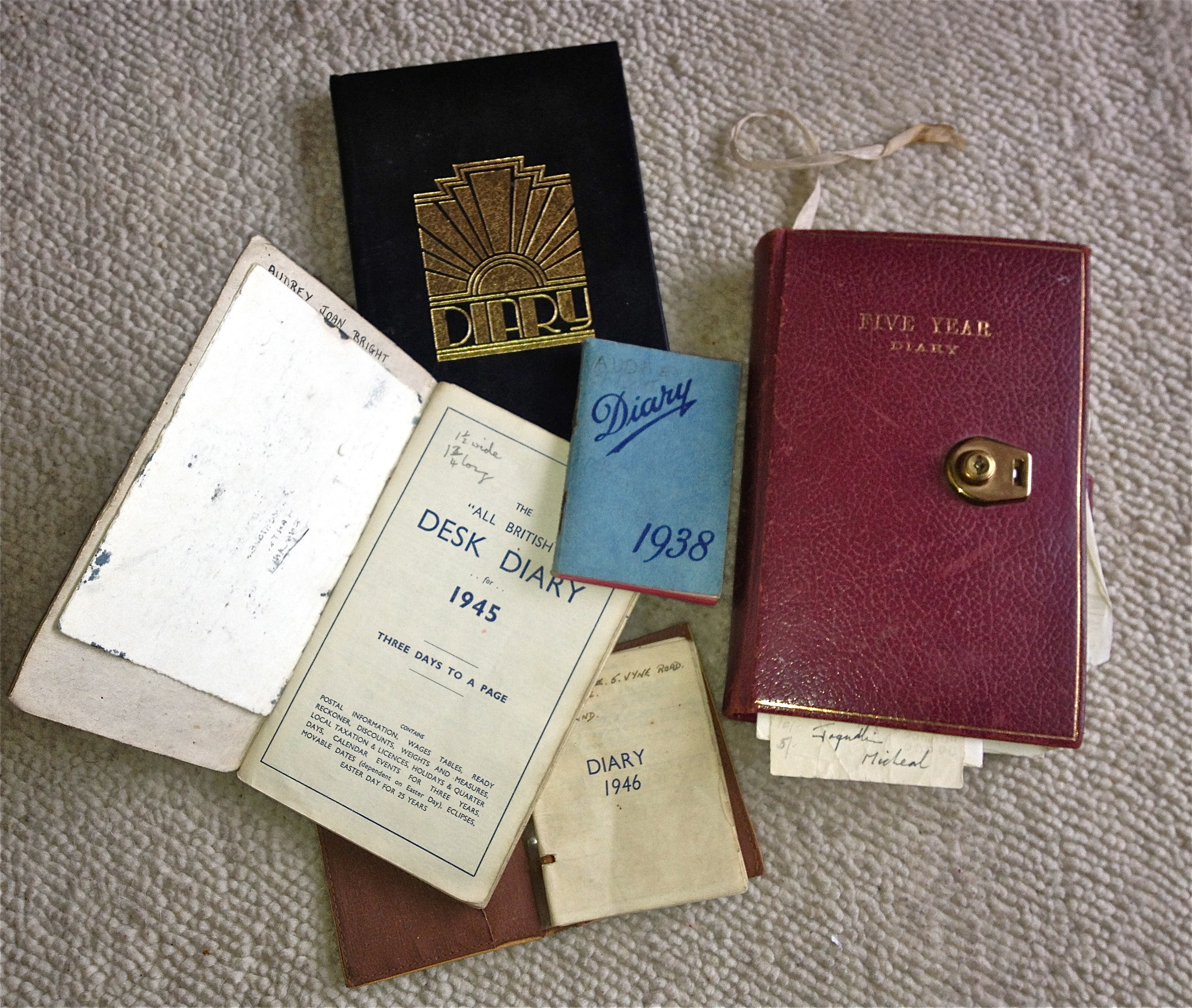 Diaries and journal writing workshops