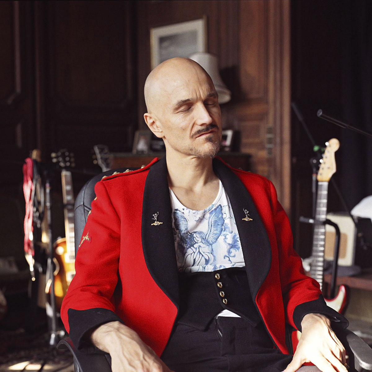 Julian-Ward-Portrait-Tim-Booth.jpg