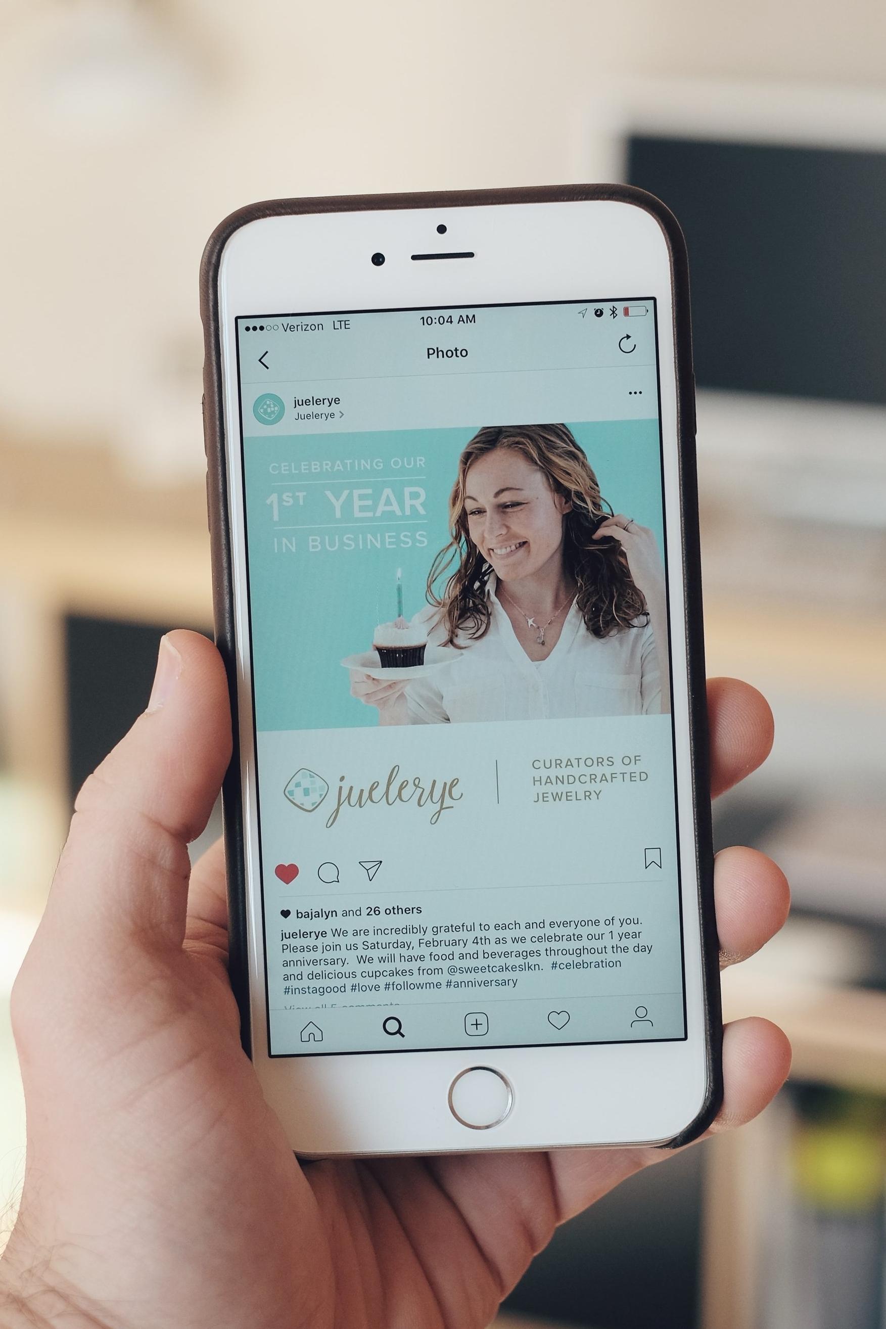 Instagram and Facebook Ad Designs