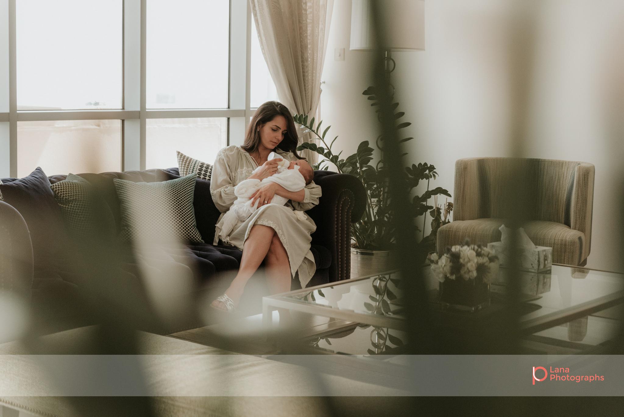 Lana-Photographs-Dubai-Family-Photographer-Noura-04.png