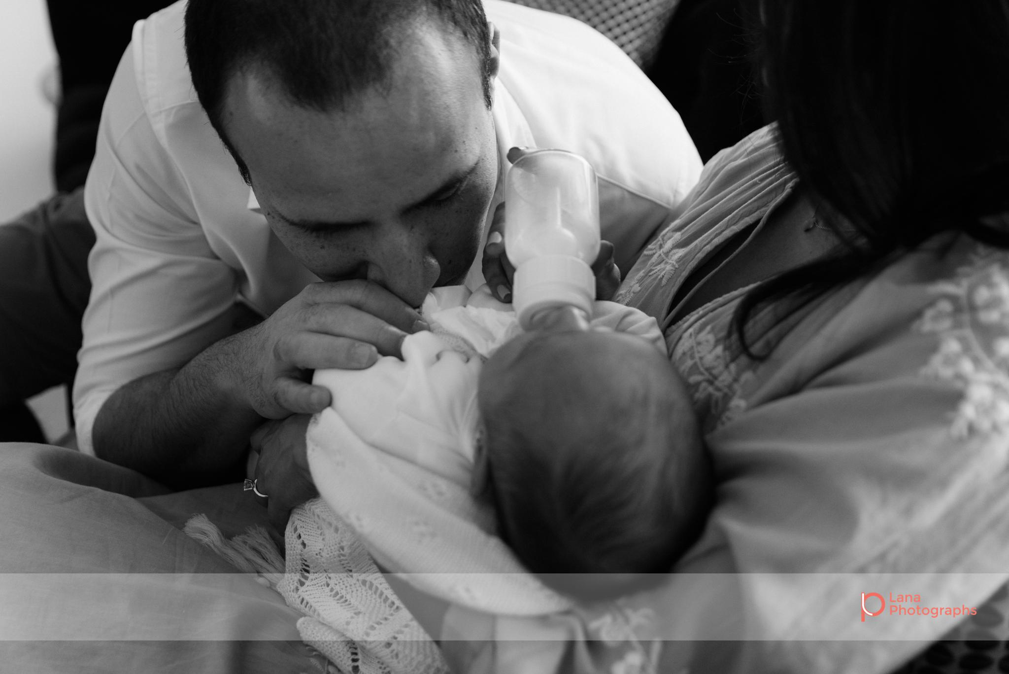 Lana-Photographs-Dubai-Family-Photographer-Noura-09.png