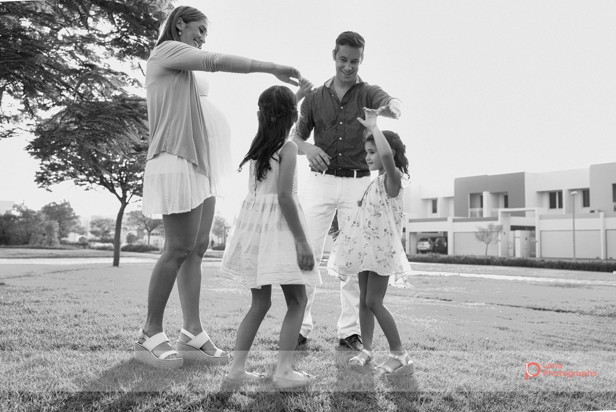 Lana-Photographs-Dubai-Family-Photography-Mayra-02.jpg