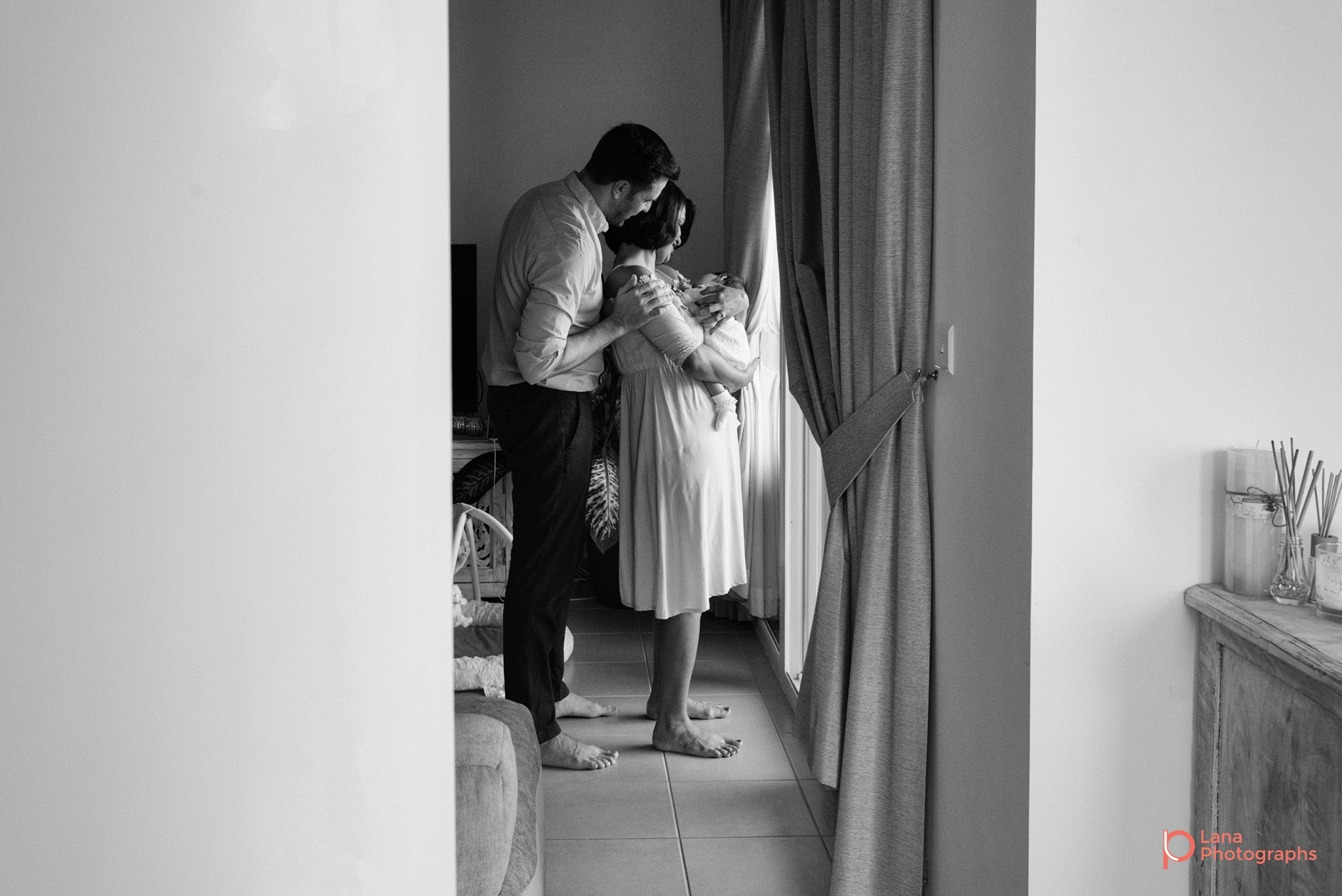 Lana-Photographs-Dubai-Newborn-Photography-Zaura-Social-02.png
