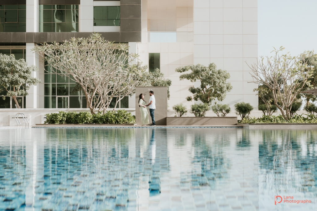 Lana-Photographs-Dubai-Maternity-and-Newborn-Photographer-Bhavna-02.jpg