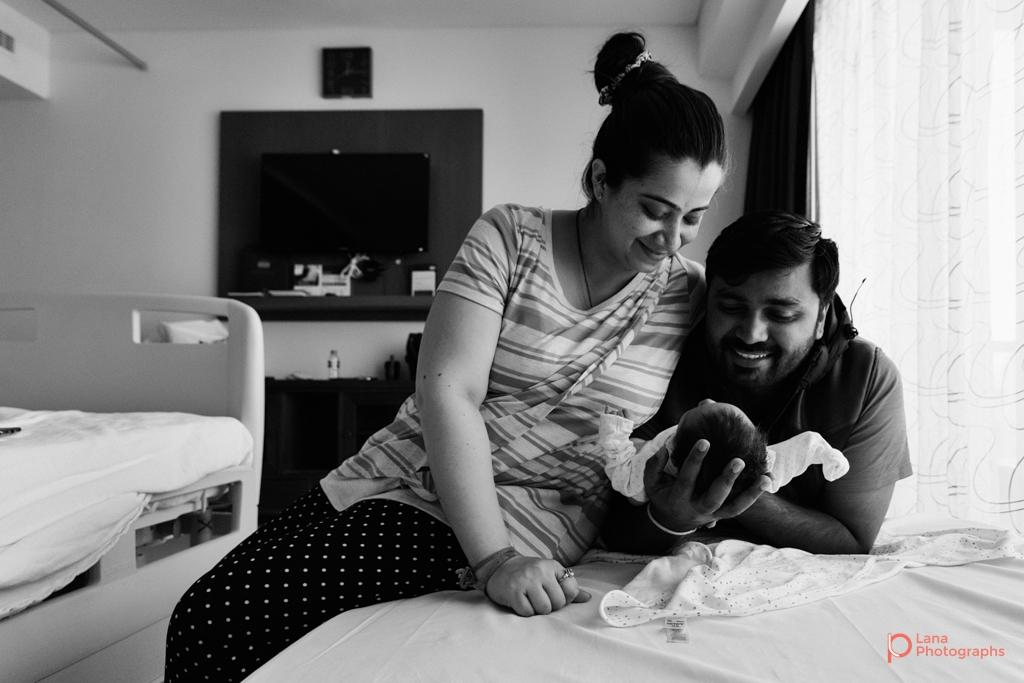 Lana-Photographs-Dubai-Maternity-and-Newborn-Photographer-Bhavna-12.jpg