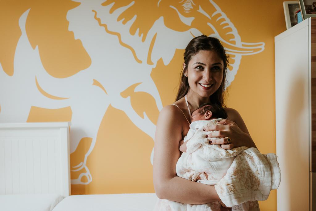 Lana-Photographs-Dubai-Newborn-Photographer-Fatima-SP-02.jpg