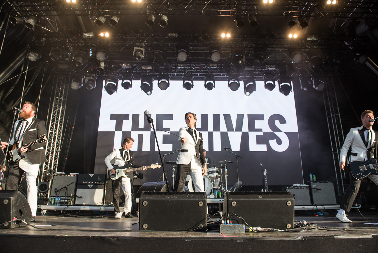 TheHives-2.jpg