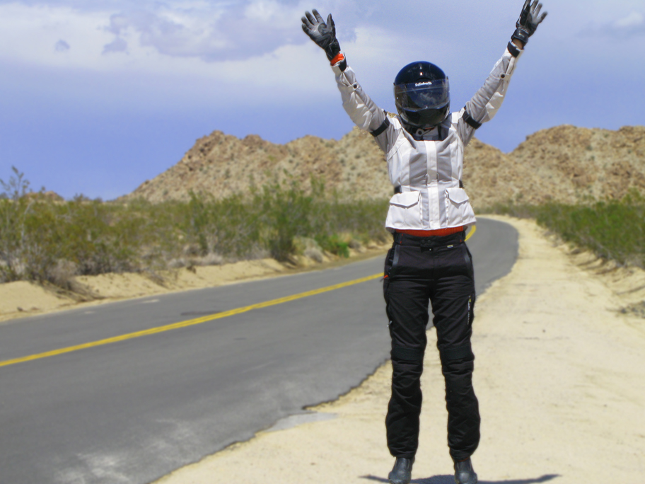 Raise your hands if you're  happy to be riding in dry, desert heat!