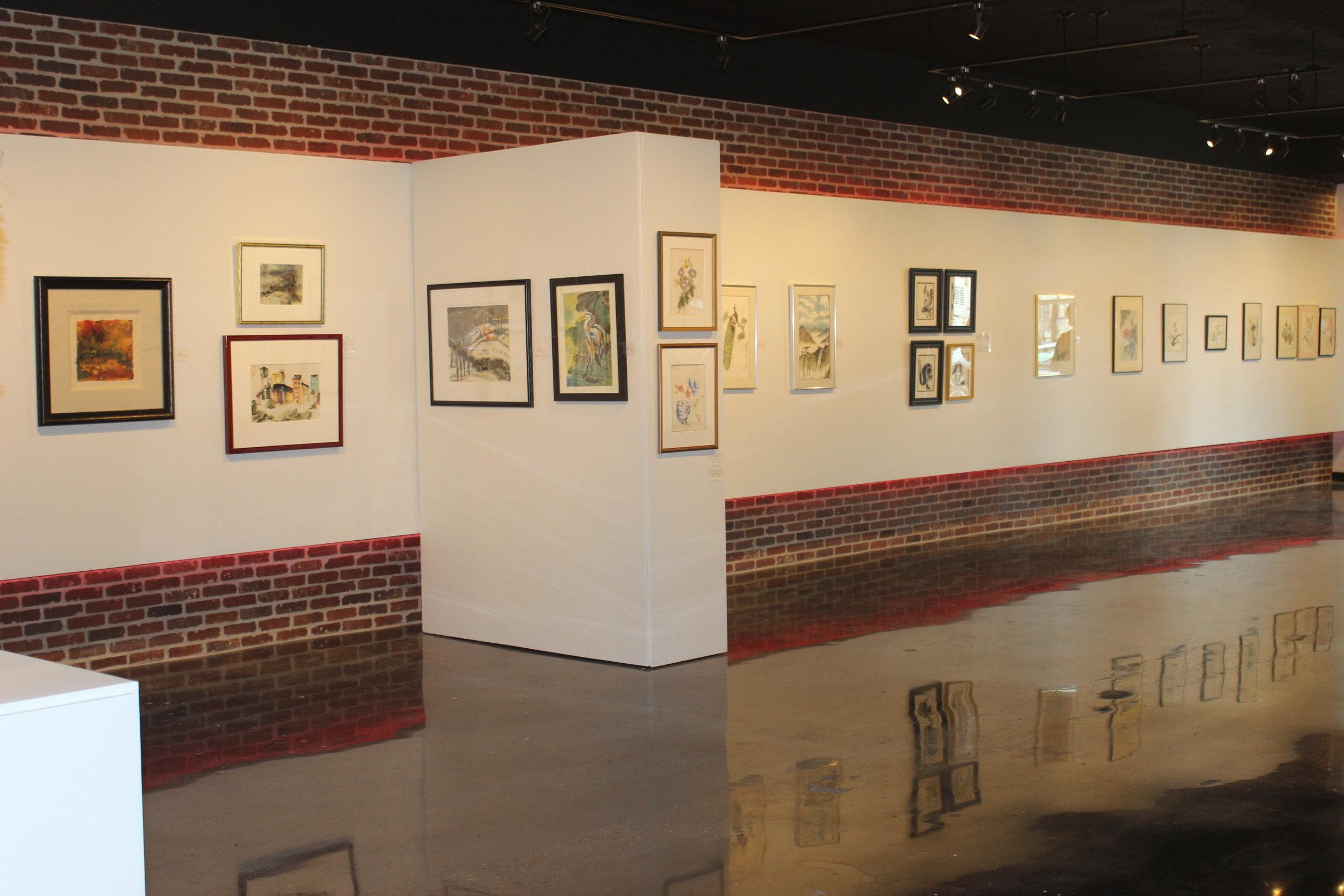 gallery from side.JPG