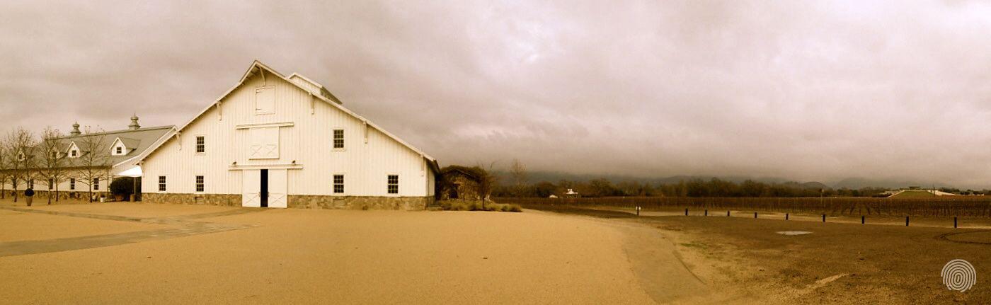 Barn_panoramam_S.jpg