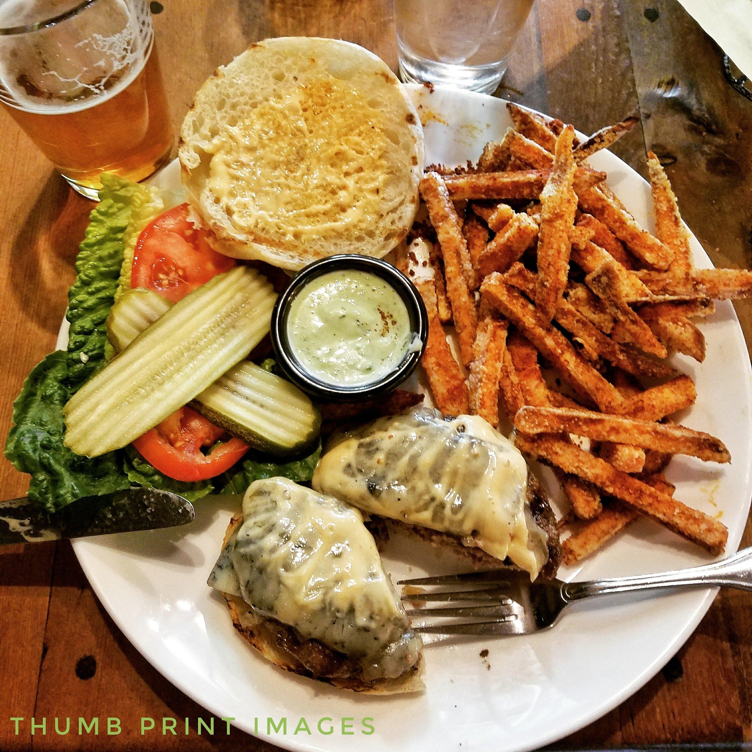lunch in murphys.jpg