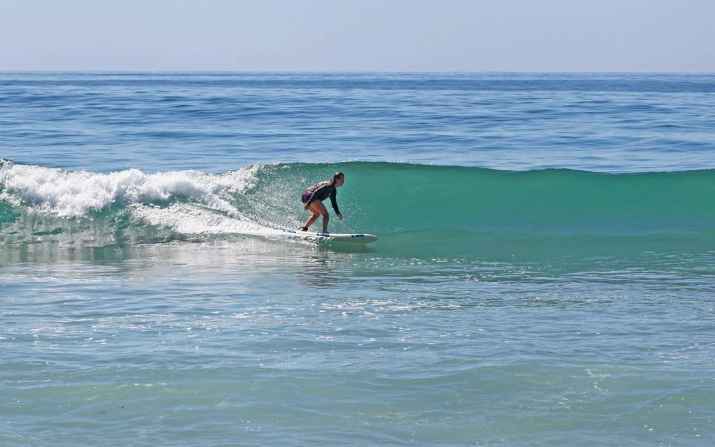 vanessa-rivers-surfing-santa-claus-lane-1024x640.jpg
