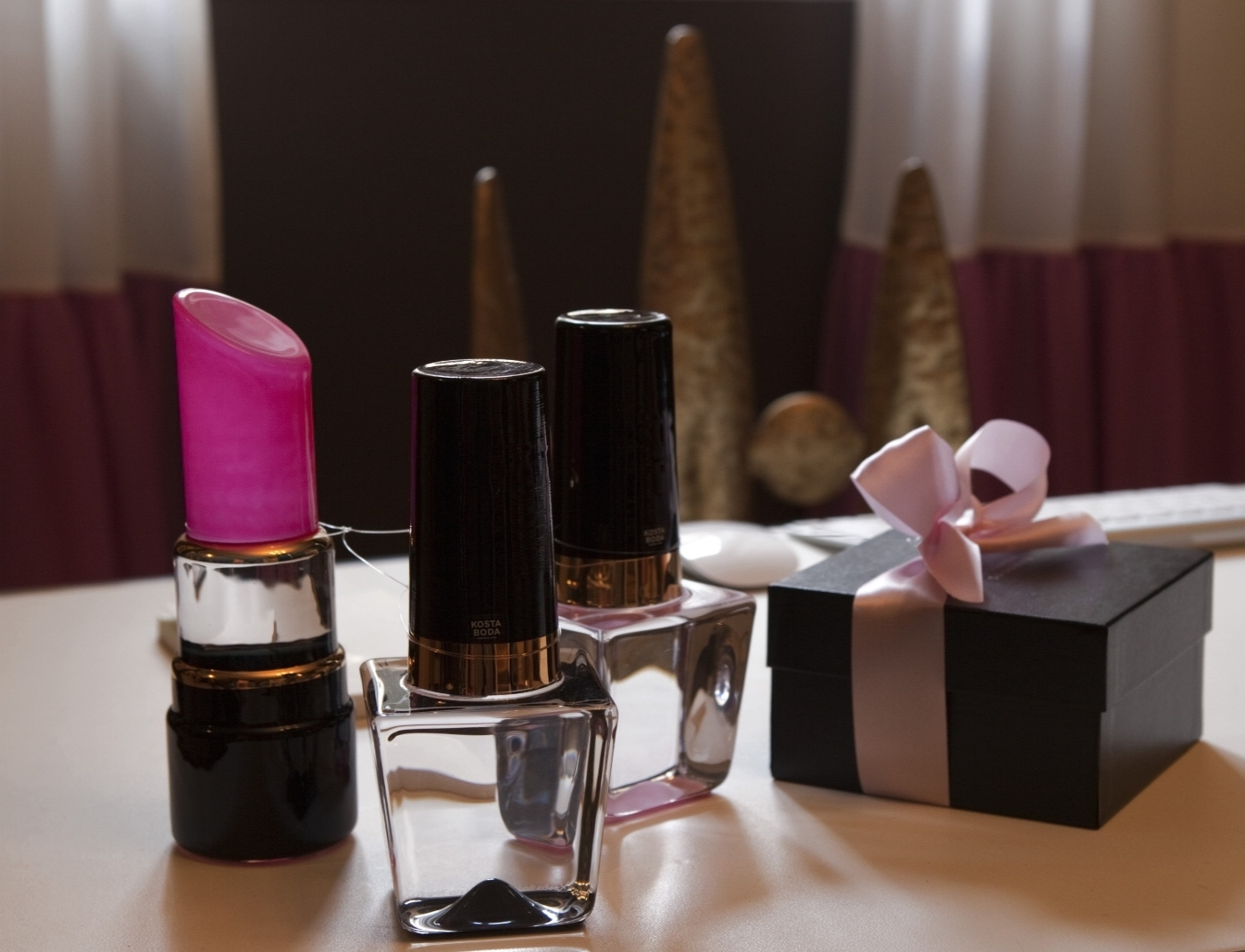 HH.Lipstick.Crop.jpg