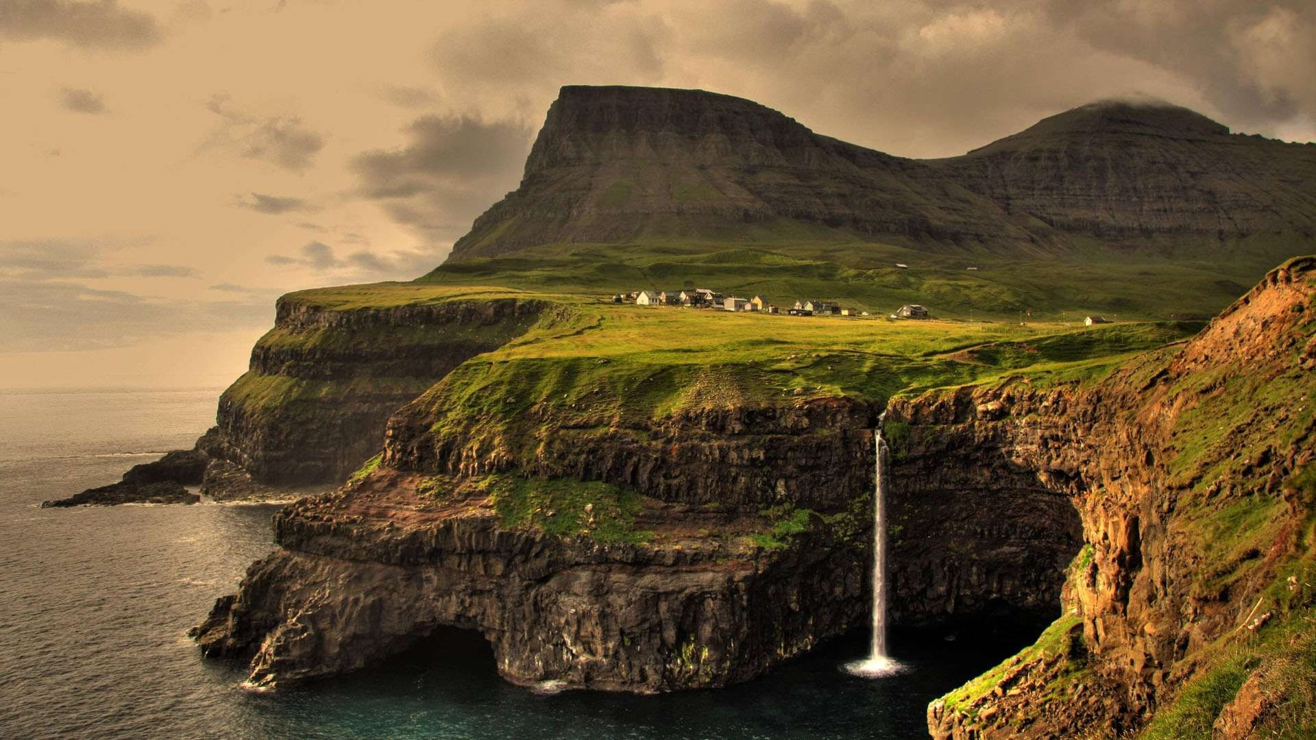 Ireland-landscape-wallpaper.jpg