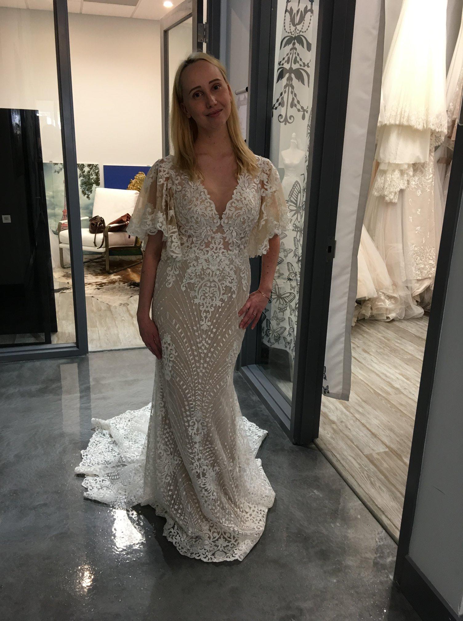 Wedding dress $400, size 8-10