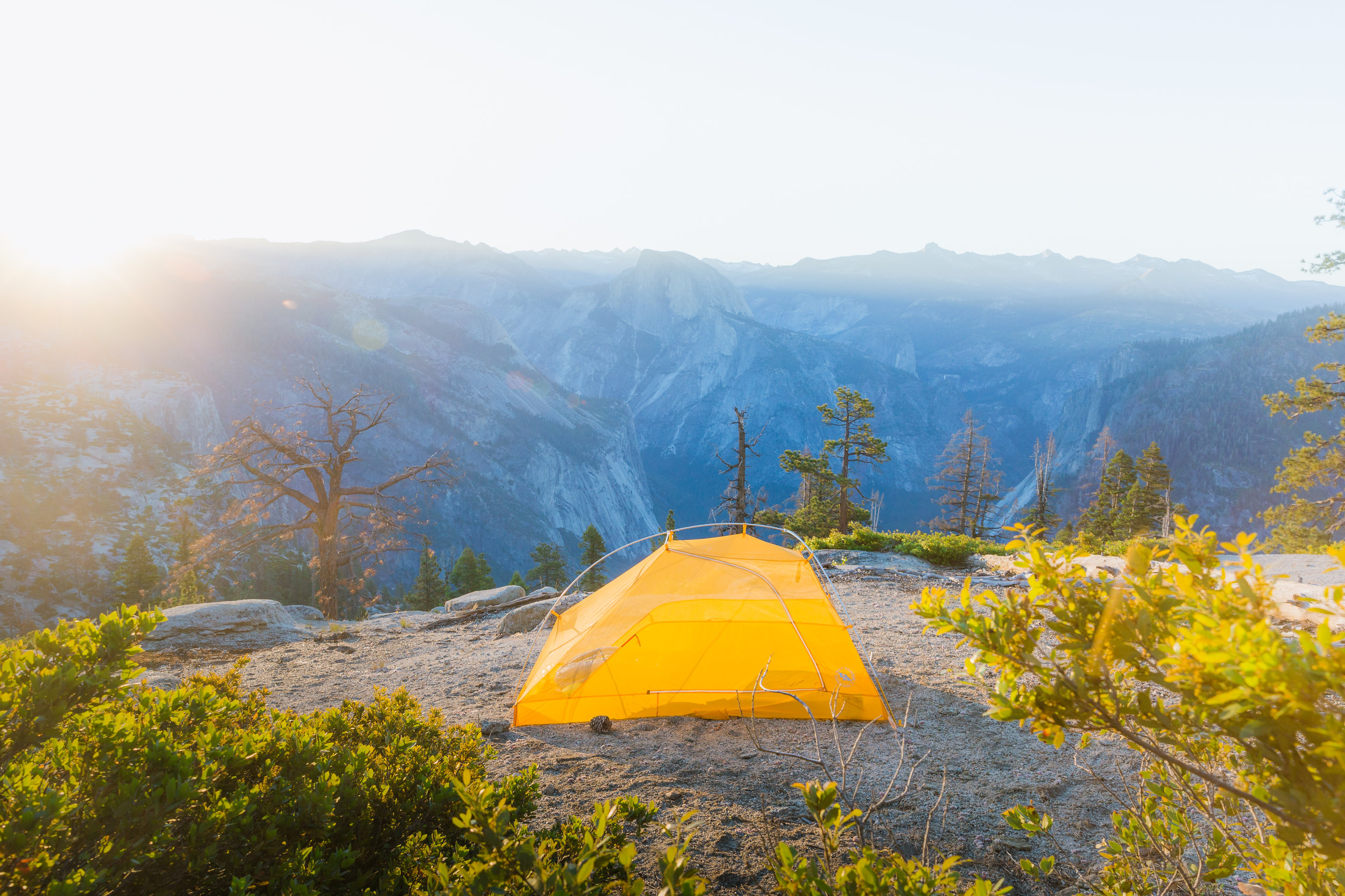 A night spent above the valley floor can be surprisingly uncrowded. Photo: @nathanaelbillings
