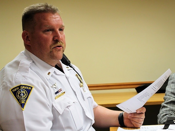 Lt. O'Neill at Tuesday night's meeting.