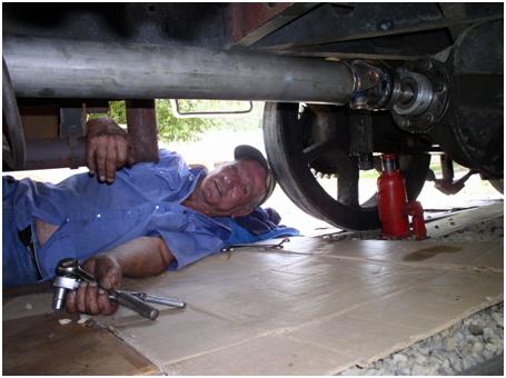 Ed adjusts the new driveshaft