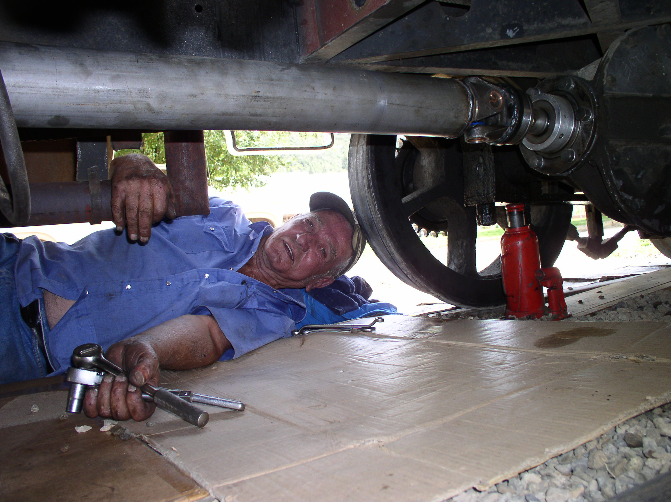 Installing a new driveshaft - August, 2008