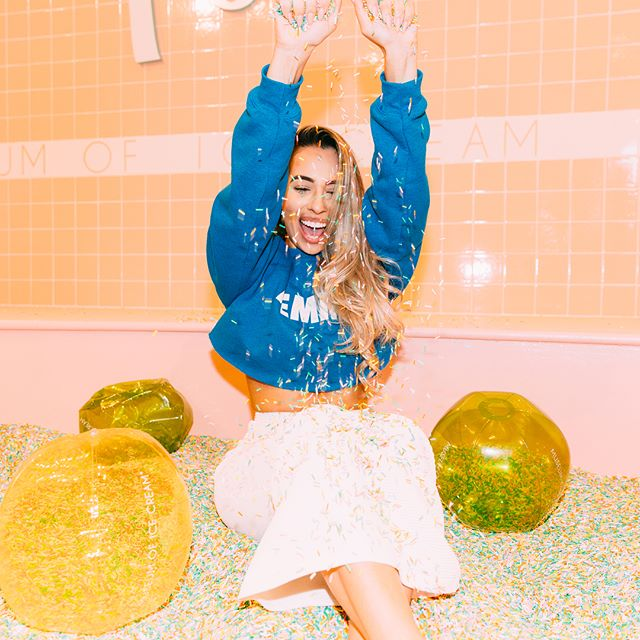 clearly i had way too much fun at the @museumoficecream - click the link in my bio to see more photos of me being childish 🙈